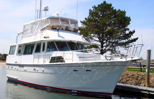Luxury Boat Rentals Sag Harbor NY Hatteras Motor Yacht 5425