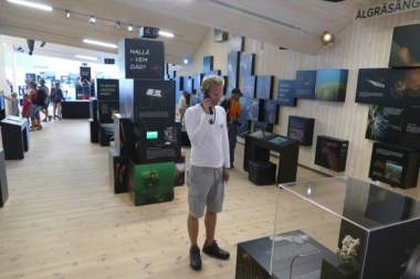 Floris of Sailors for Sustainability in the Kosterhavet Naturum visitor center