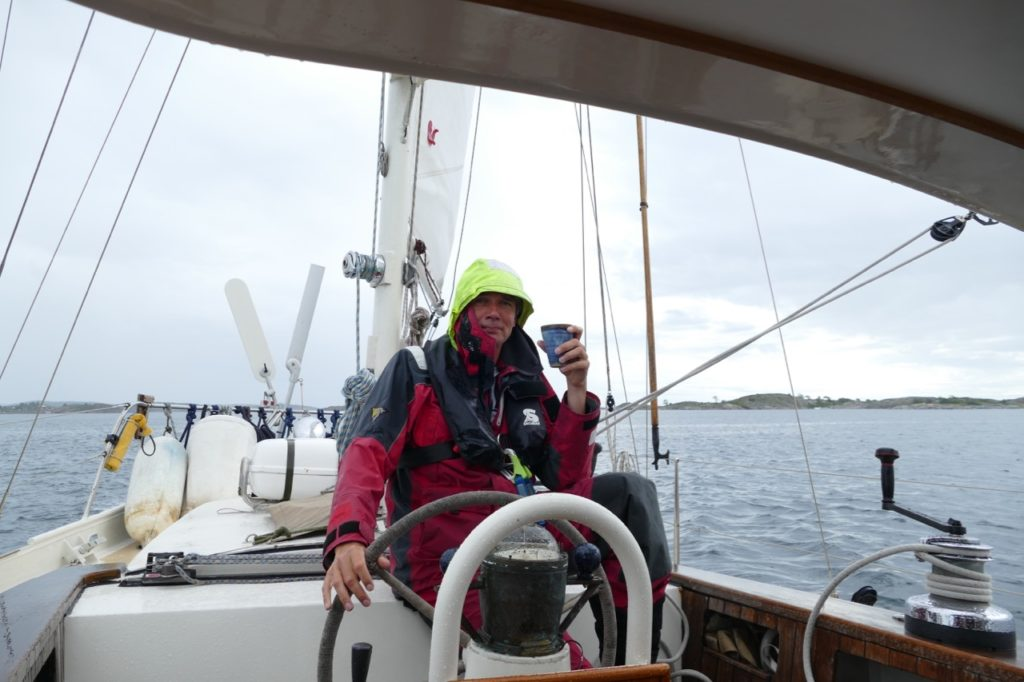 Rainy passage to Sandøya