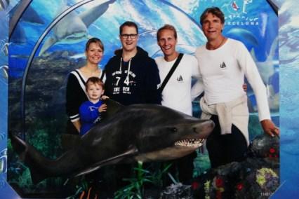 Family visit to Barcelona sea aquarium