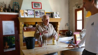 Organic wine tasting at Domaine de la Gasqui