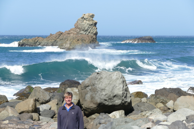 Impressive ocean surf