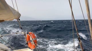 Wind accelaration between Cape Verdian islands
