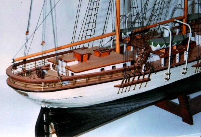 Dettaglio del cassero - Detail of the stern quarterdeck