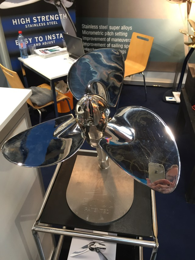 Here's the propeller in reverse