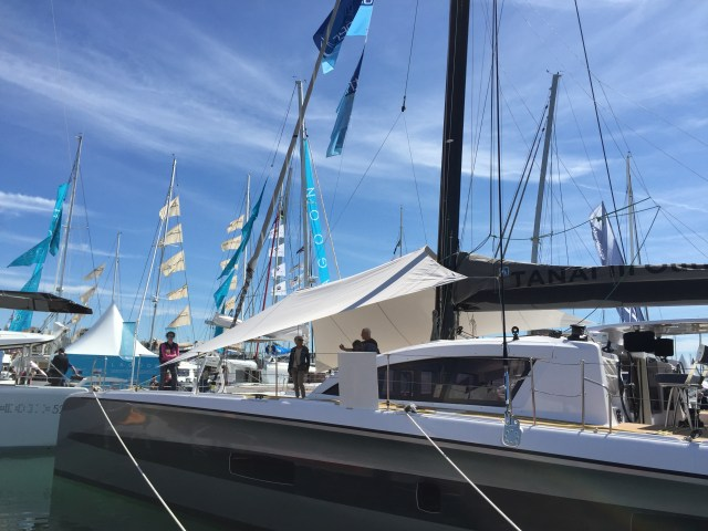 This new canopy is made by Delta-Voiles in France for the Outremer 5X, great idea!