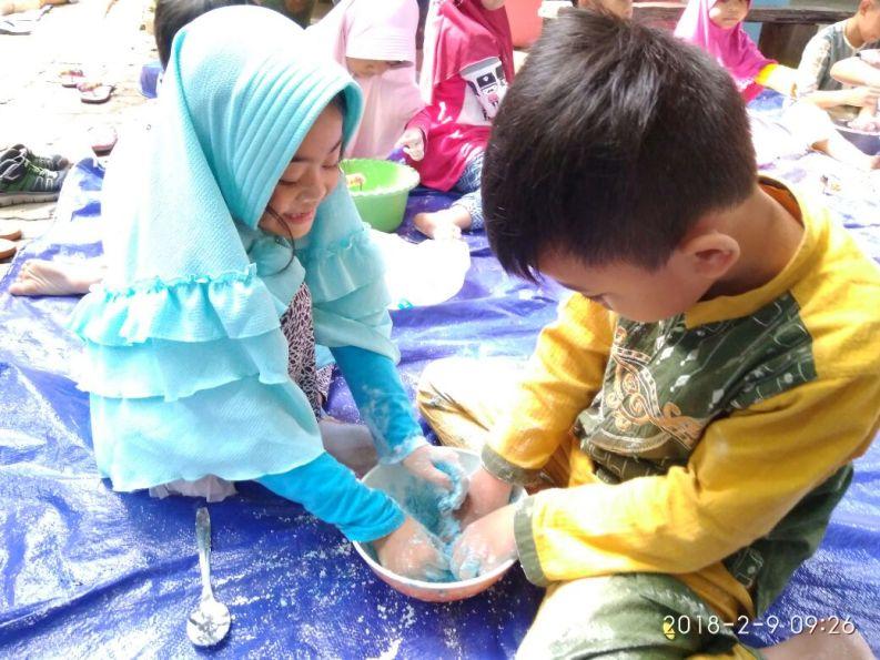 contoh sekolah ramah anak