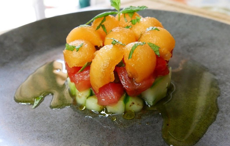 Tartare de crudités et melon