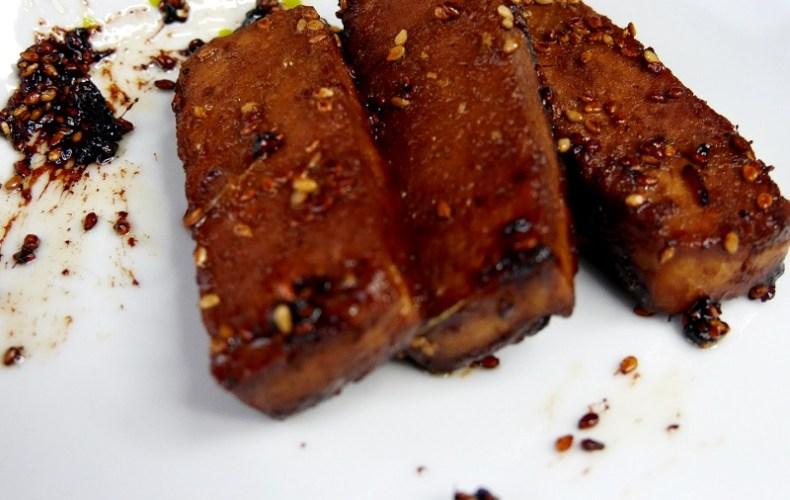 Tofu mariné au sésame