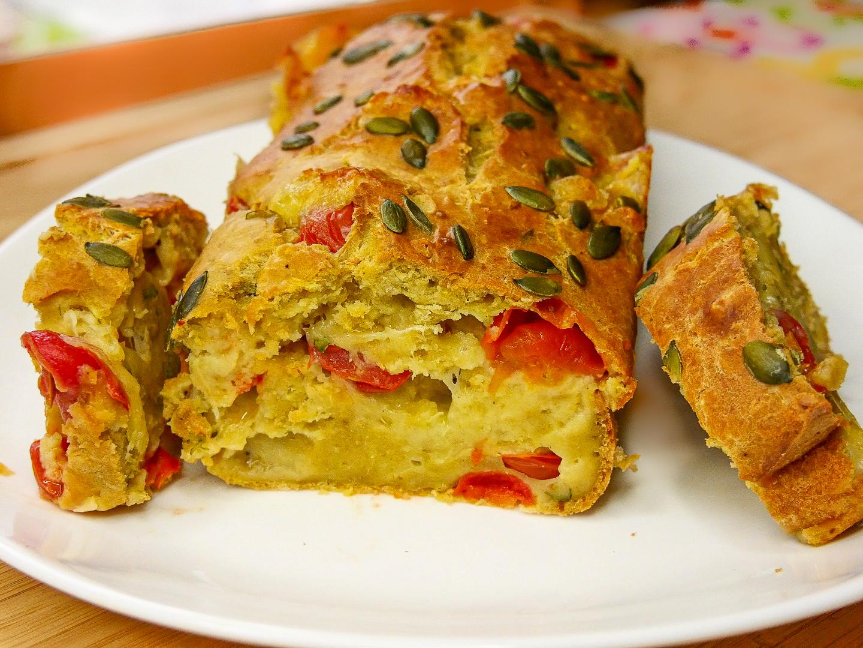 Cake Courgette Tomate Mozzarella - Cake Courgette, Tomates & Mozzarella