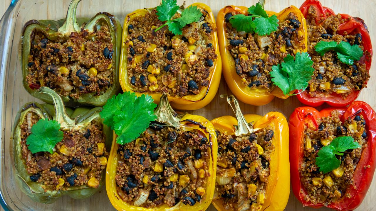 Poivrons Farcis au Quinoa Vegetarien Recette au Four - Poivrons Farcis au Quinoa (Végétarien, Recette au Four)