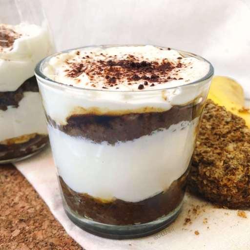 recette healthy et allégée de tiramisu léger à la banane et au chocolat sans mascarpone et sans oeufs