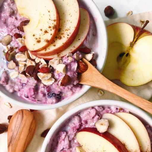 recette healthy et protéiné de porridge aux fruits rouges sans sucre ajouté (bircher muesli suisse)