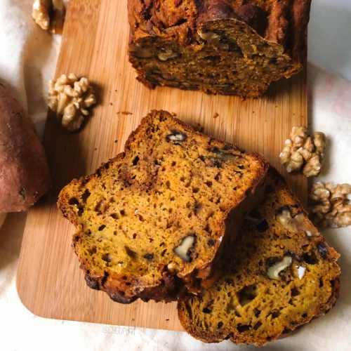 Cake salé à la patate douce et aux noix