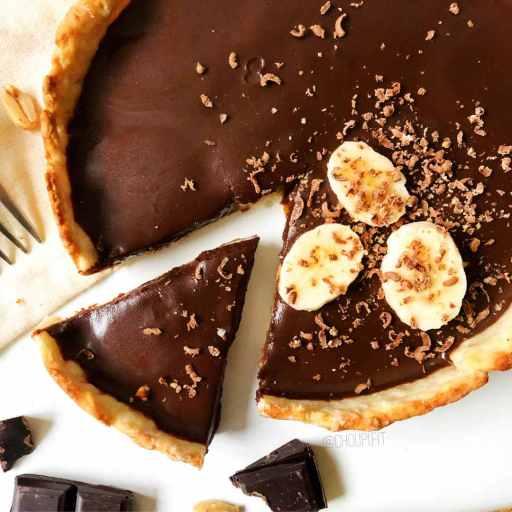 recette healthy et allégée de tarte au chocolat et à la banane sans beurre et sans sucre ajouté