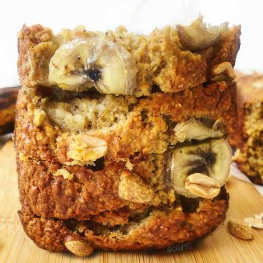 recette healthy et light de banana bread sans farine et sans lactose avec des flocons d'avoine
