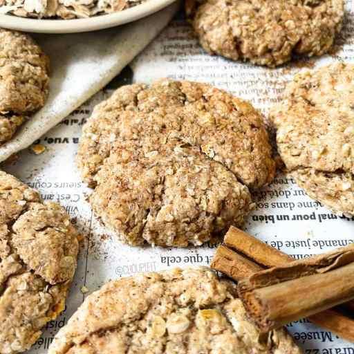 recette healthy et vegan de biscuit à la cannelle sans beurre et sans lait