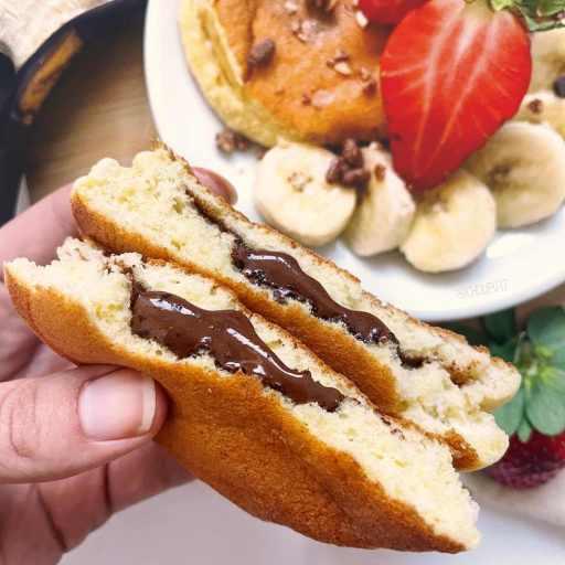 recette healthy et minceur de pancake soufflé japonais et fourré à la pâte à tartiner sans beurre