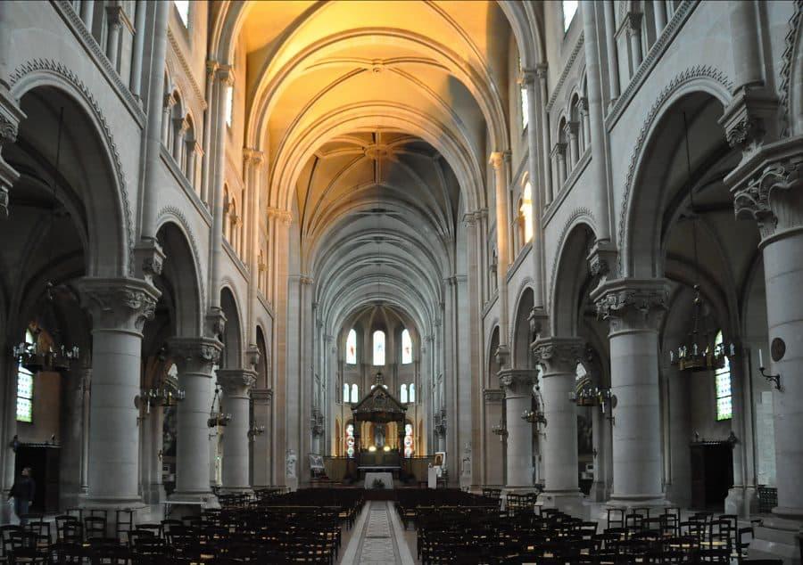 nef de l'église Saint-Ambroise