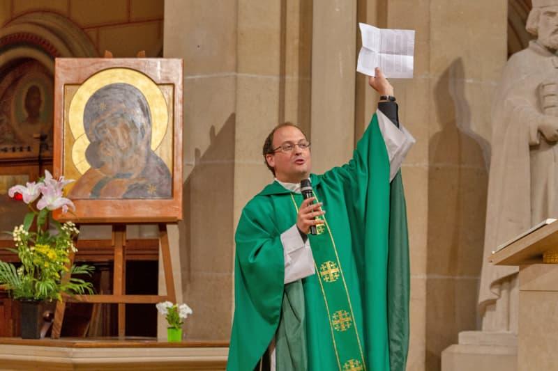 pere baptiste milani 10