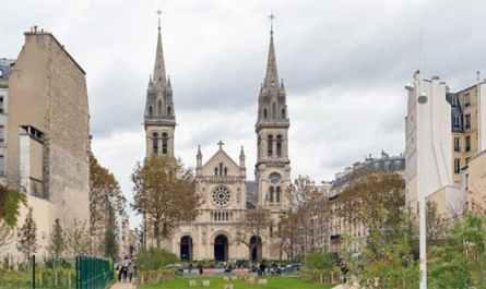 Eglise de Saint-Ambroise, vue depuis le jardin Truillot