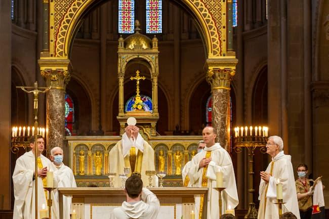 1ère messe célébrée par Jean-Charles PELLEN