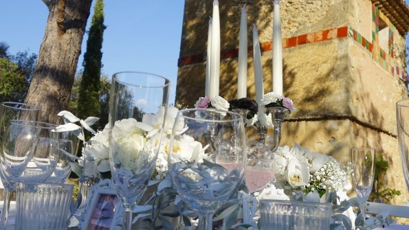 Mariage de Flora et Guillaume - Pigeonnier et décorations - 2016.
