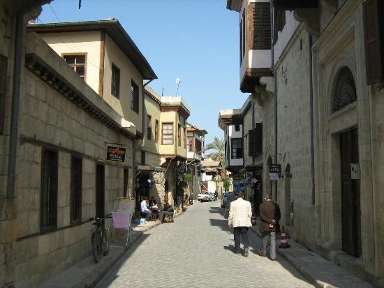 Une vieille rue de la ville