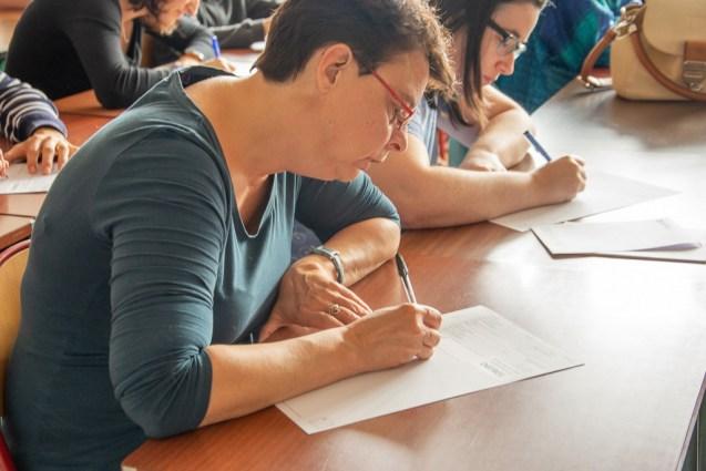 La dictée géographique, samedi après-midi au lycée Jules-Ferry.