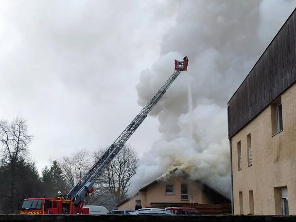 Incendie_Rue_Gaston-Save_Prolongée_Sainte-Marguerite (4)