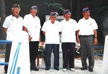 BRUYERES Mai 2001 au monument US de l'Helleraday (Copier)