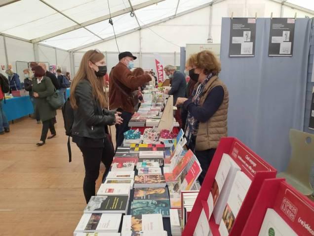 Le Salon du Livre rassemblait plus de 100 auteurs et une soixantaine d'éditeurs cette année