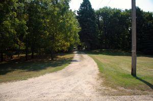 A driveway off Mailand Road.