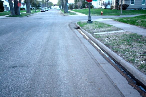 A freshly cleaned street courtesy of Saint Paul Department of Public Works.