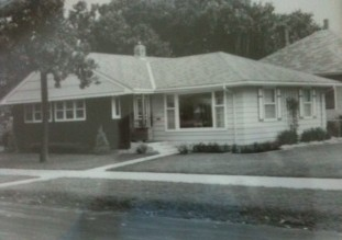 The Bleiss home on its original lot at 1655 West 7th Street.