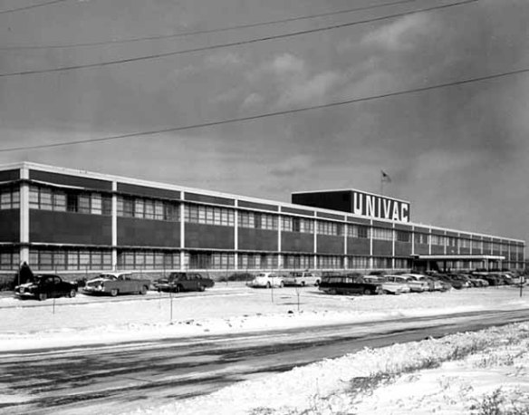 The Sperry-UNIVAC plant less than two years after it opened. Courtesy of the Minnesota Historical Society.