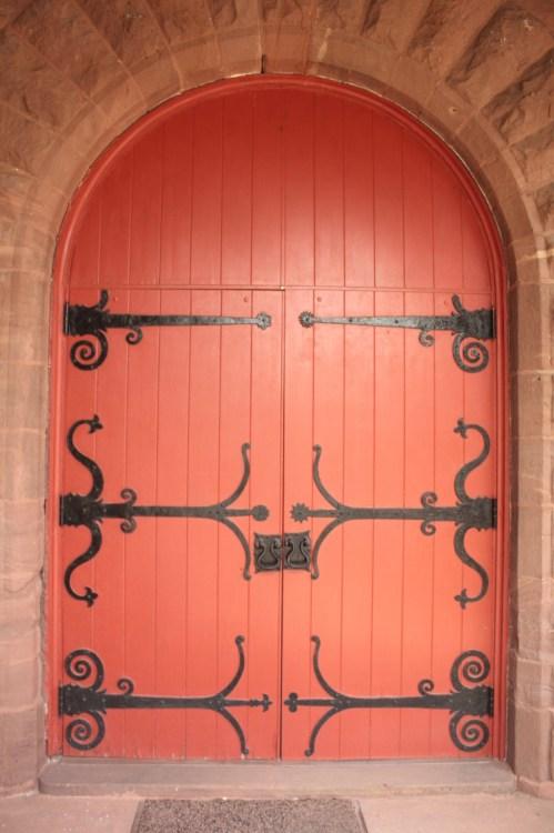 The doors at the main entrance of Dayton Presbyterian.