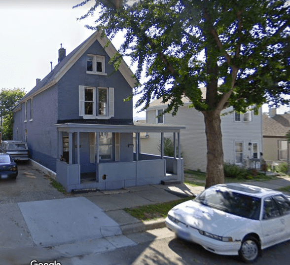 276 Nugent Street as it looked in 2009, prior to renovation. Courtesy Google Maps