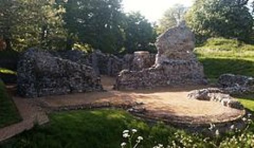 Saxon ruins of North Elham Cathedral established during Aldwulf's reign