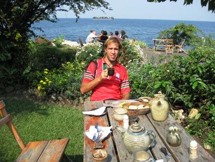 Cafe no lago Kivu