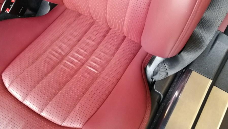 メルセデスベンツ AMG SL63 赤革シート擦れ補修後