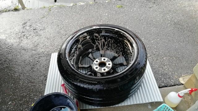 レクサス RC-F ハイパーブラックホイール修理 洗浄