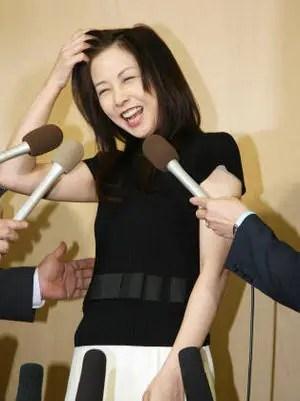 麻木久仁子の画像