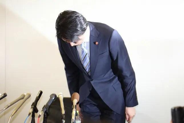 宮崎謙介の画像