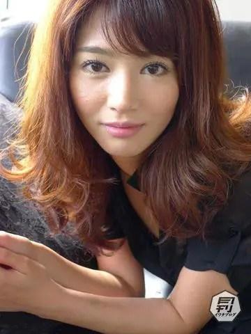 麻生希の画像