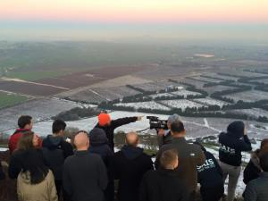 The SAIS delegation on Mt. Bental, overlooking the Israeli-Syrian border (Photo: Yael Mizrahi)