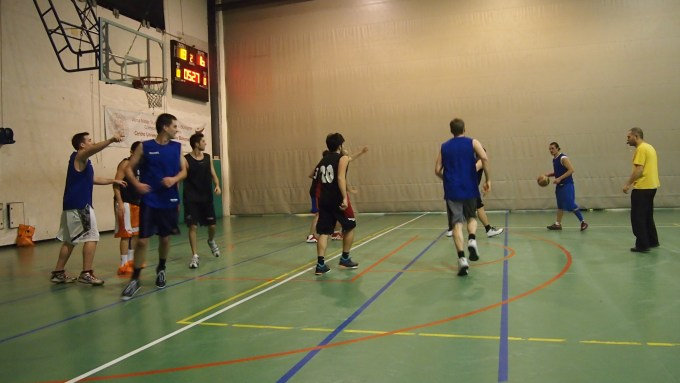 The SAIS team playing in a 72-63 loss. (Source: Mitch Rhyner)