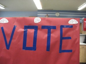vote_portable-voting-booth_bydenisekrebs_flickr