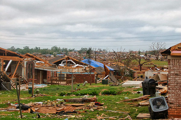 Many houses were destroyed
