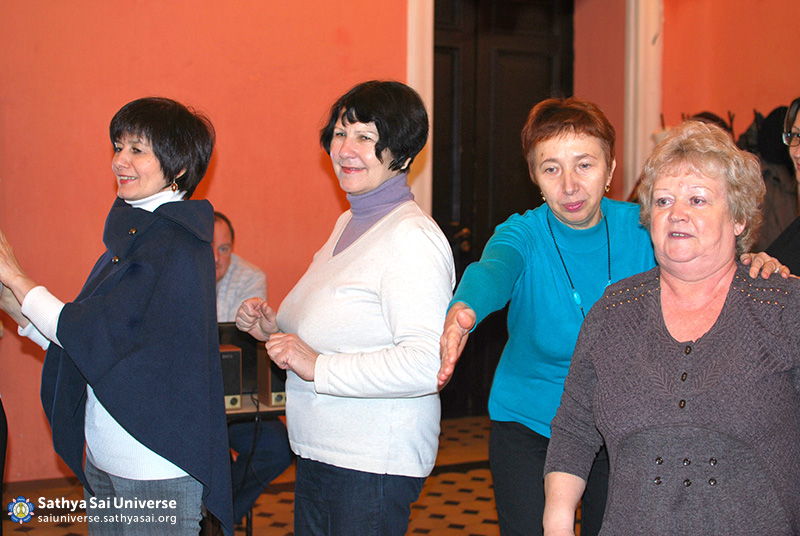 2015.01.17- 8Z-Russia-North-West region-Educational seminar-group activities